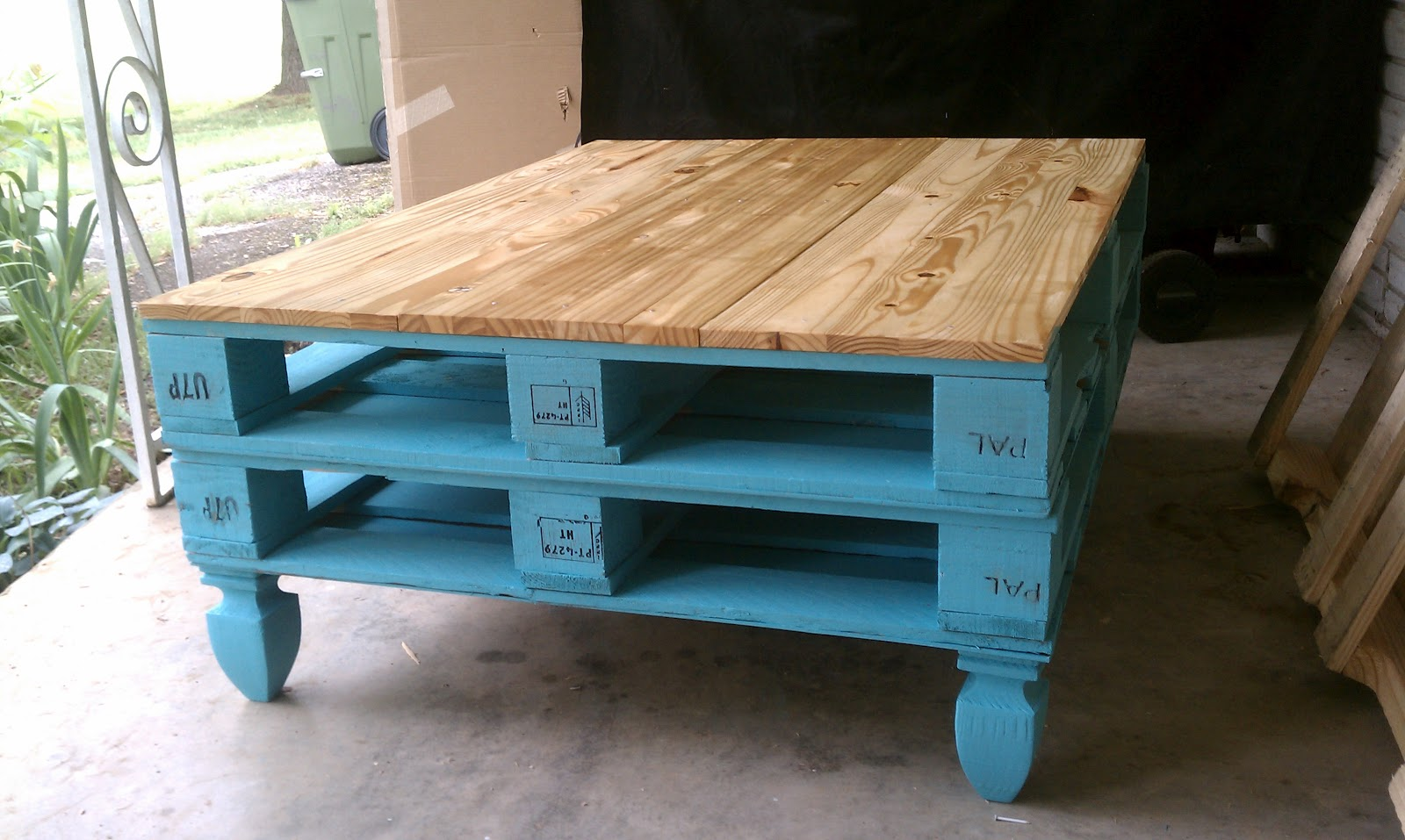 Pallet coffee table gallery pallet furniture online colour pallet coffee tableg geotapseo Gallery