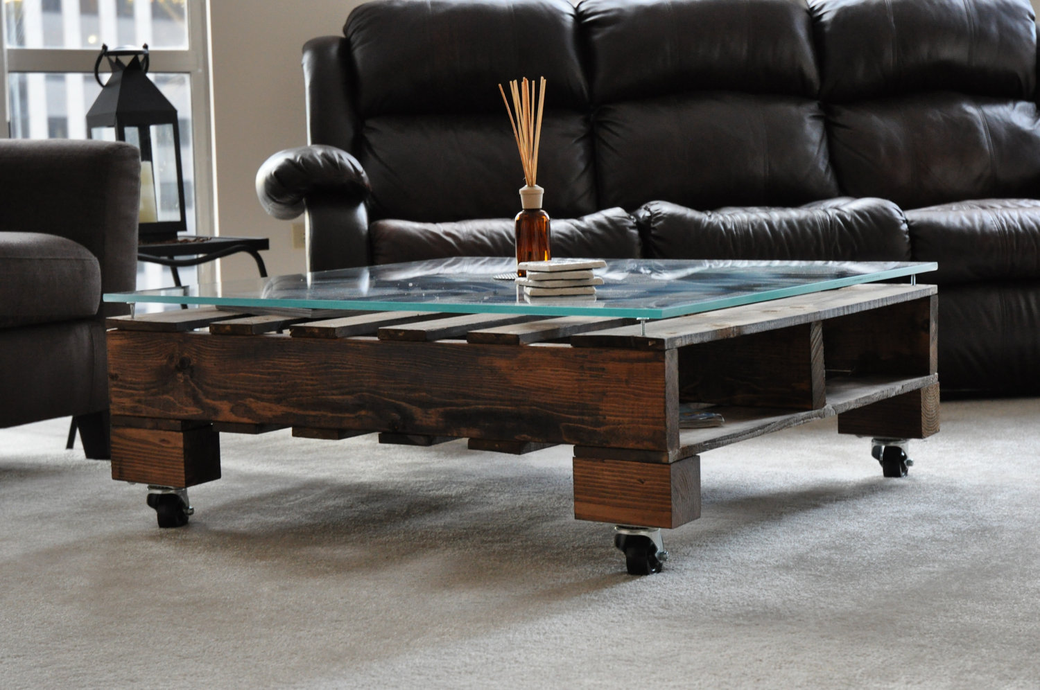 Pallet coffee table glass top - Glass Pallet Coffee Table Jpg