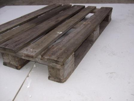 dirty wooden pallet