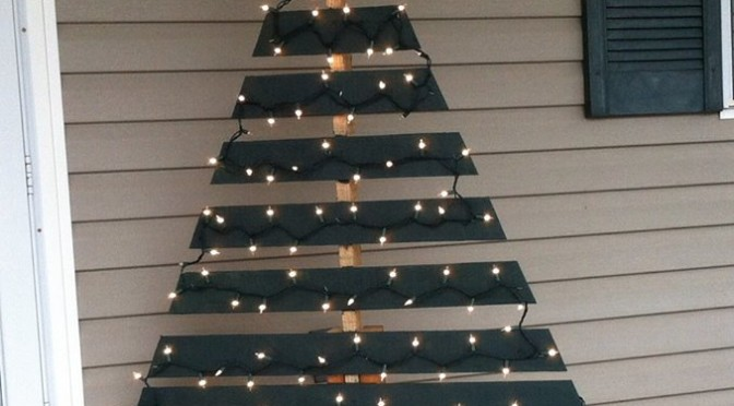 DIY Pallet Christmas Tree Project